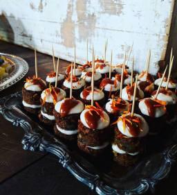 antler carrot cake stackers